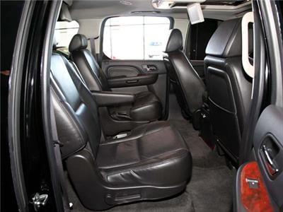 SUV - Cadillac Escalade ESV