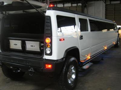 Stretch SUV - Hummer H2