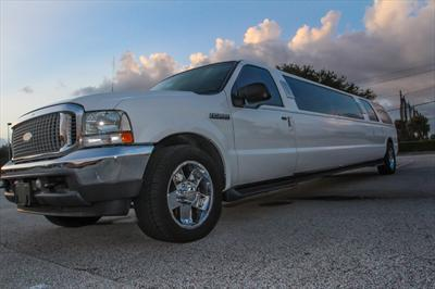 Stretch SUV - Ford Excursion