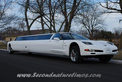 Stretch Limo - Chevrolet Corvette