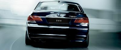 Luxury Sedan - BMW 7-Series