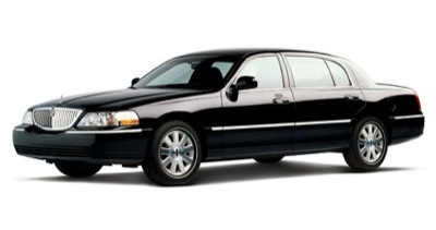 Sedan - Lincoln Town Car L