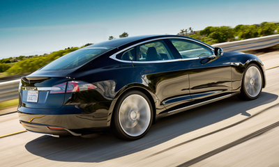Luxury Sedan - Tesla Model S