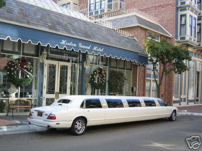 Stretch Limo - Jaguar
