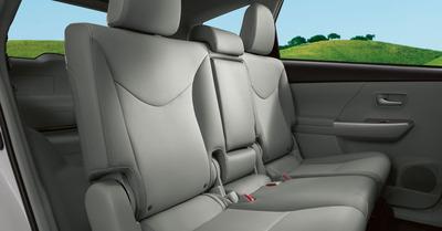 Sedan - Toyota Prius