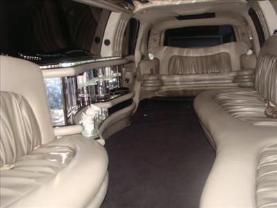 Stretch SUV - Cadillac Escalade