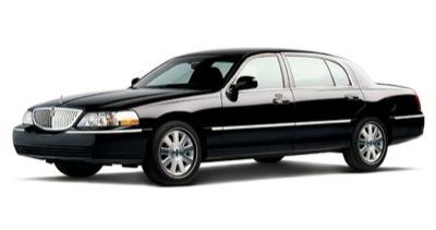 Sedan - Lincoln Town Car L